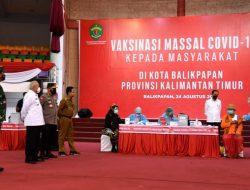 Presiden Jokowi Tinjau Pelaksanaan Vaksinasi Covid-19 di Kota Balikpapan