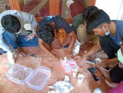 Kreasi Cetakan Unik Berbahan dasar Silicone Rubber Remaja Masjid Riyadus Sholihin Kampung Cikambangan Depok